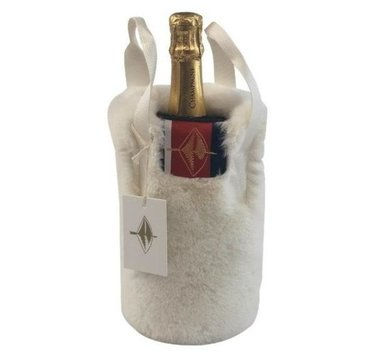 Pretty Rugged Wine Holder White Mink
